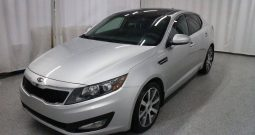 2011 Kia Optima , Panoramic Sunroof, Heated Seats, Backup Camera, Alloy Rim,